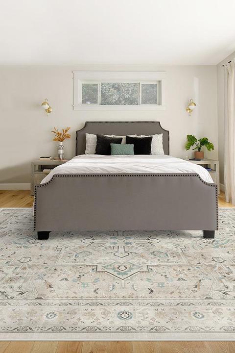 8' x 10' Area Rug Under Queen Bed