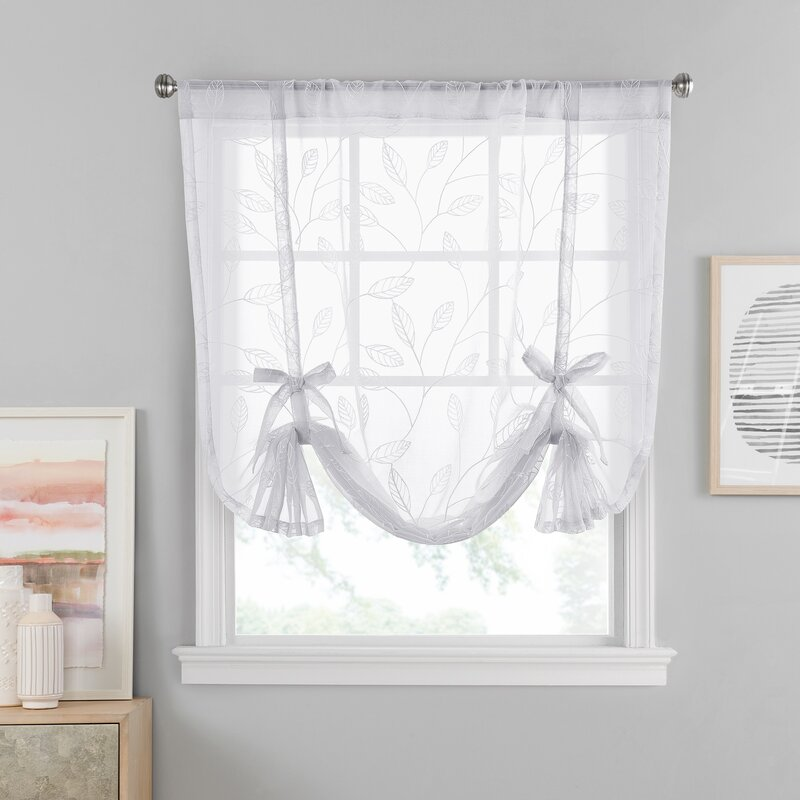 Choose A Sheer Tie-Up Curtain