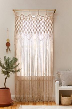 Go Simple with a Plain White Macramé Panel