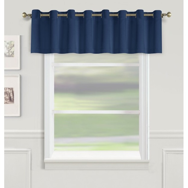 Opt for a Solid Colored Window Valance