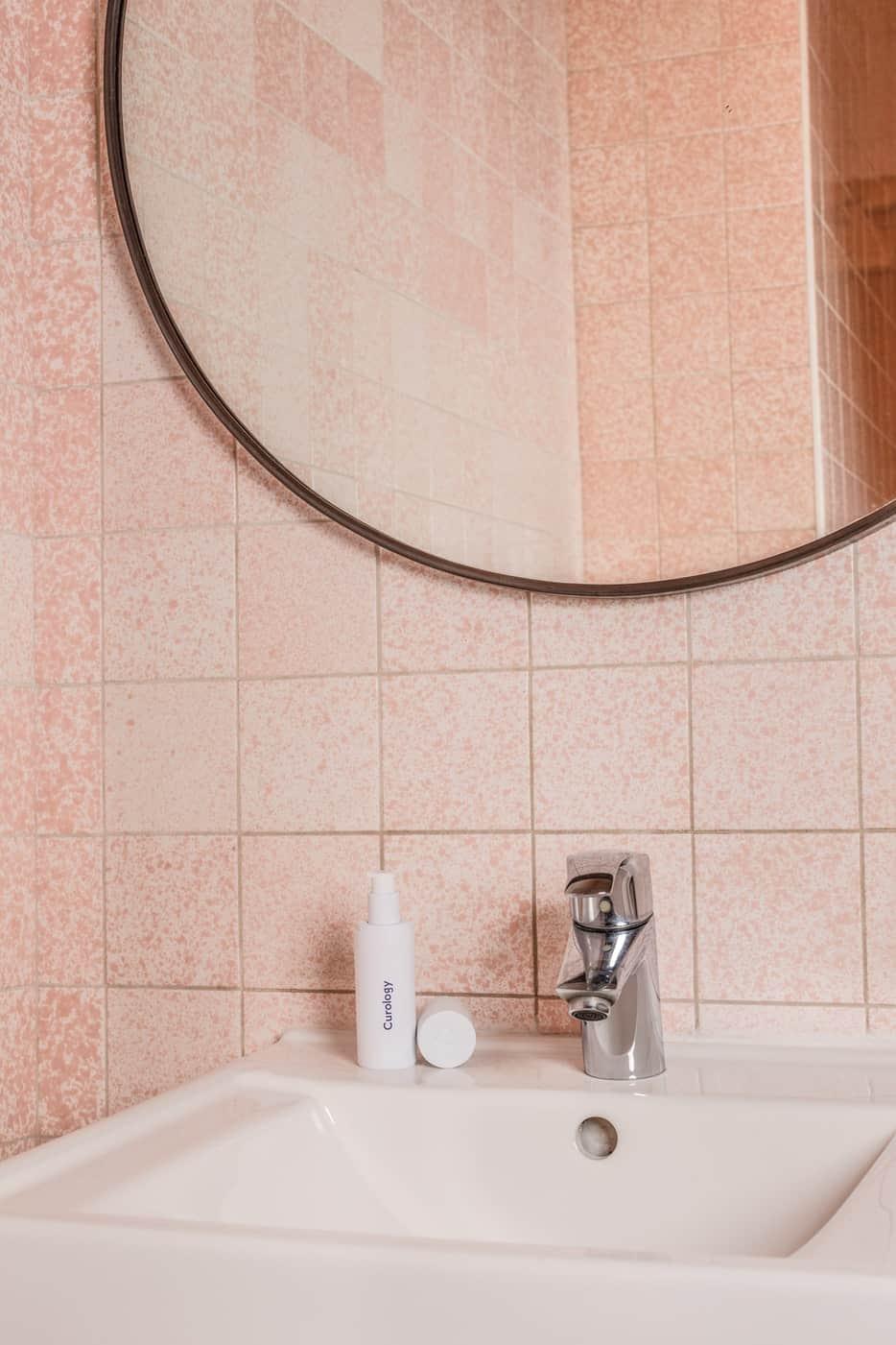 Use Pink Tile